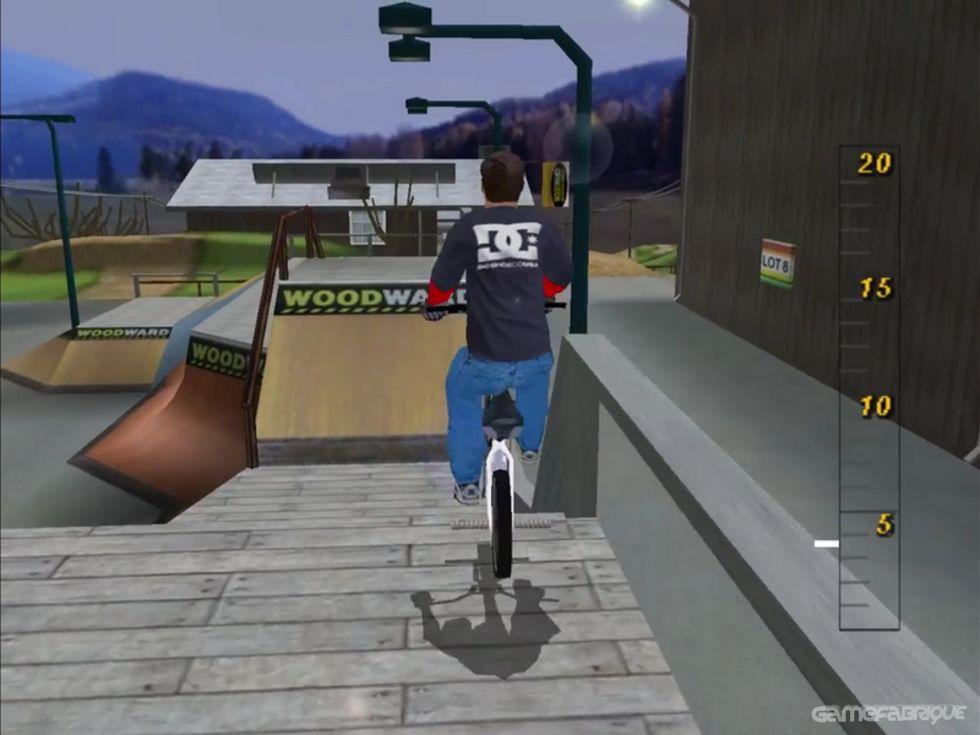 Dave Mirra Freestyle BMX 2 Download Game | GameFabrique